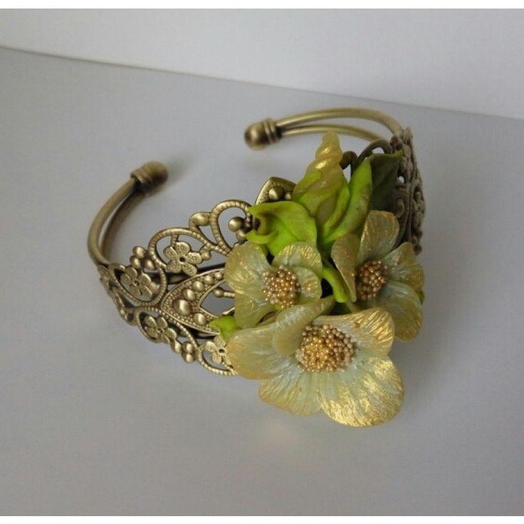 """Браслет """"Золотые цветы"""""""