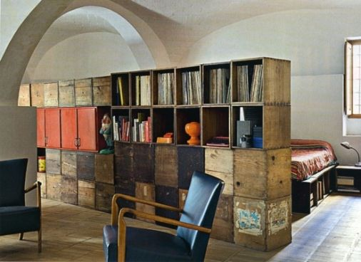I love clever furniture... especially shelving units.