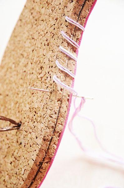 Flip Flops selber machen gelingt ganz leicht. In unserer DIY-Anleitung zeigen wir Ihnen Schritt für Schritt wie es geht. Kommen Sie mit?