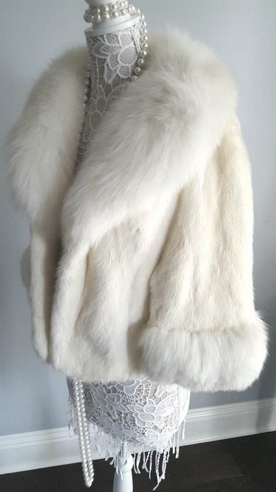 white fur stole paired - 570×1015