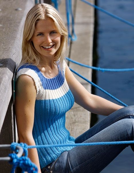 Lækker strikket top i tre farver - Hendes Verden - Cute 3-coloured ribbed knit summer top w/ cap sleeves FREE P in Danish (1/2) (hva)
