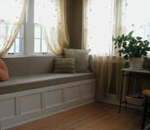 "window seat with ""couch style"" pillows: Couch Style, Stairs Window Seats"