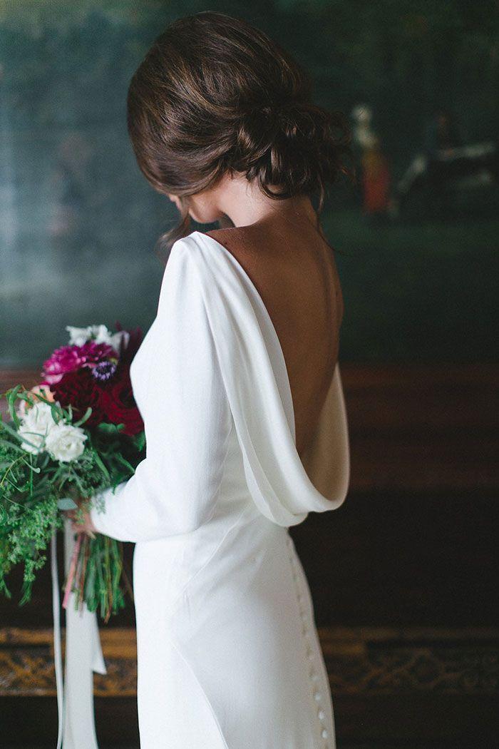 Emerald and pink inspired wedding featured on Grey Likes Weddings   Long sleeve crepe wedding dress by Martina Liana