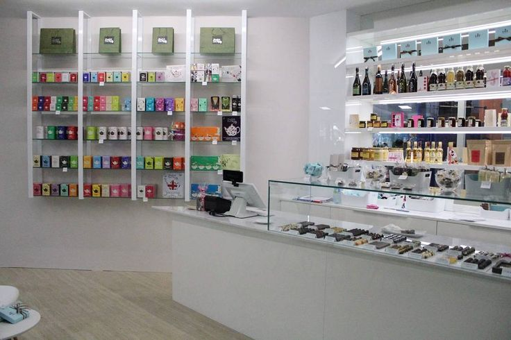 #luichocolateboutique #boutique #chocolate #hate #excaliburcity #obchudek #caje #tea #cokolada #schokolade ##pralinky #pralines #chocolates #handmade #handarbeit