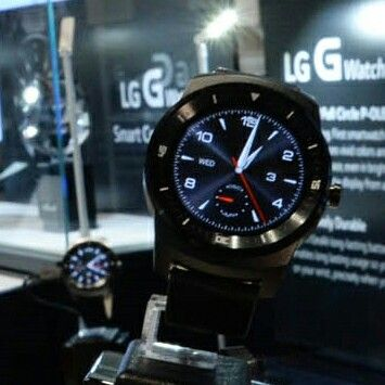LG G Watch R at IFA2014