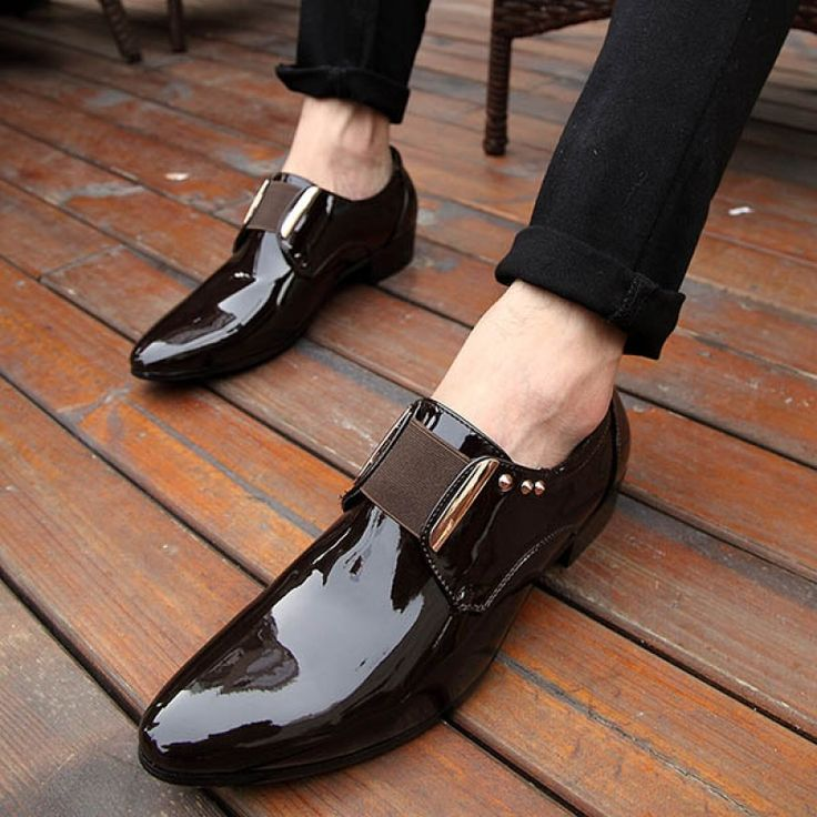 Solid Design All-matching Patent Leather Cusp Flat Shoes Black