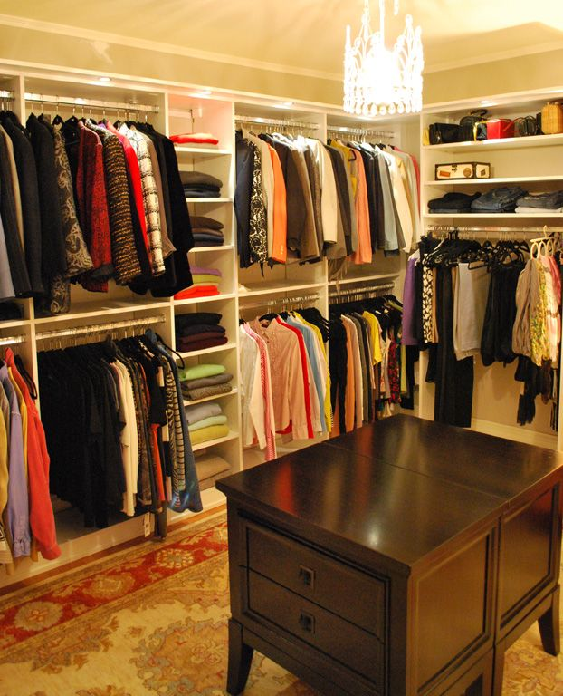 how to turn a bedroom into a closet | Turn The Grad's Old Room Into a Closet Boutique « Abt Technology Blog