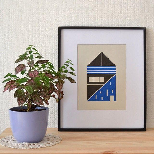 Instagram media wunimpresiones - Risografia a dos colores, solo 25 de cada diseño. Enmarcada 34x40 cms para decorar tu hogar. Pedidos a hola@wun-handmade.com ✌️