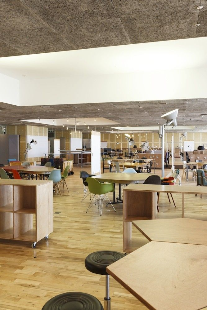Kashiwa-no-ha Open Innovation Lab HQ Office, Chiba, Japan  Naruse Inokuma Architects