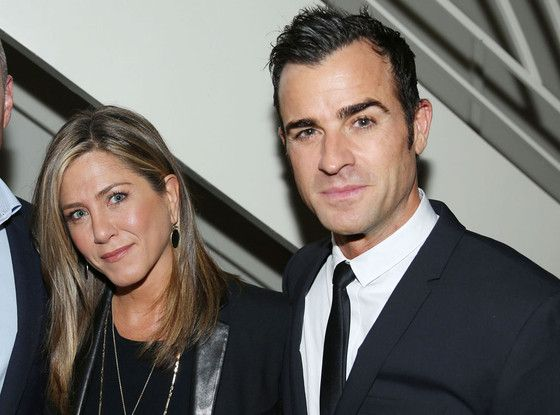 """Jennifer Aniston Calls Justin Theroux a """"Lost Gem in the Sand,"""" Says He Gets Hotter With Age"""