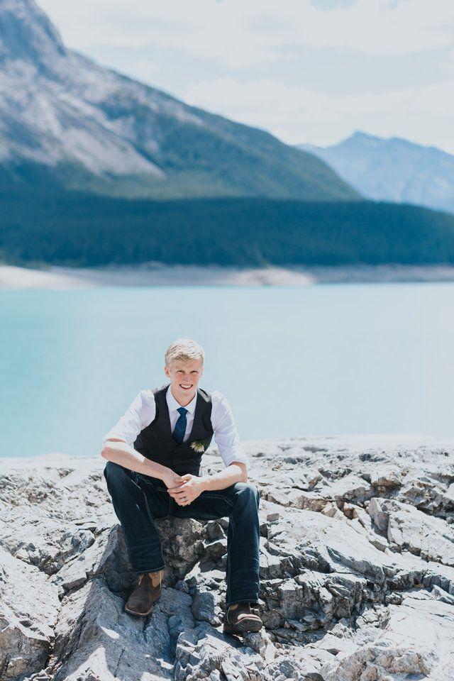 smiling groom at Abraham Lake