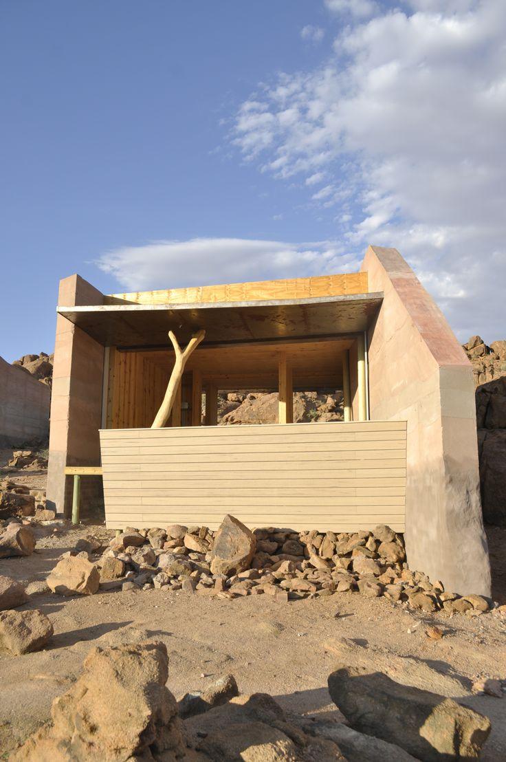 Brandberg Logdge Namibia (www.gwarchitects.co.za)