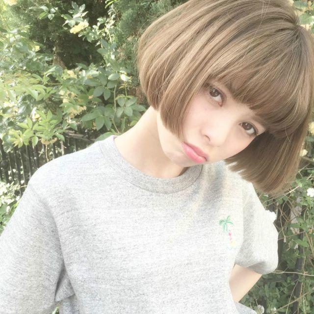 この画像は「ぱっつん前髪はやっぱり可愛い♡ボブ、ショートさんのヘア14選」の記事の画像です。