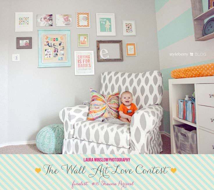 Pretty, pretty.: Wall Colors, Winslow Photography, Stripes Wall, Empty Frames, Galleries Wall, Frames Collage, Baby Rooms, Blog Design, Accent Wall