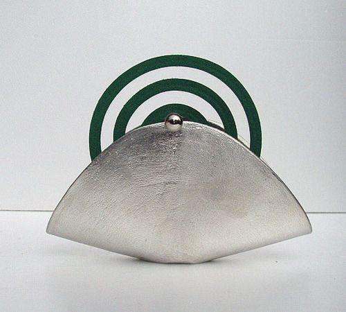能作蚊遣り錫製 anti-mosquito incense stand