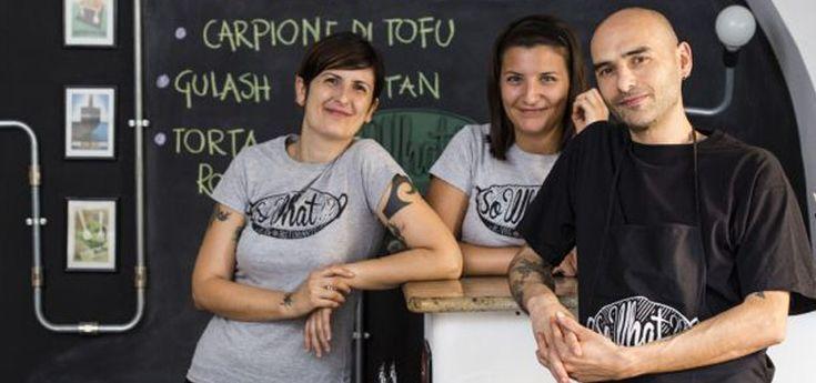 """So What?!?""...Intervista #BIGvegan a Paolo Petralia! #Intervista #BIGvegan #PaoloPetralia #Chef #Vegan #Italy #Rome #Pigneto #Roma #Italia #SoWhat http://www.vegangame.it/business-vegan/so-what-intervista-bigvegan-a-paolo-petralia"
