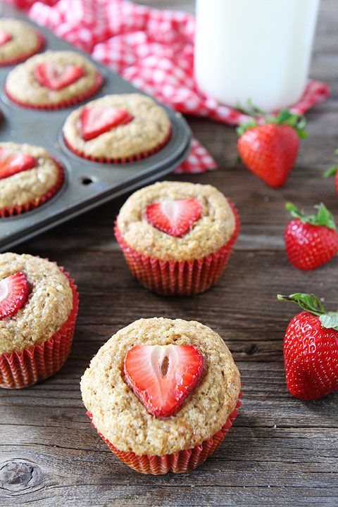 Whole Wheat Strawberry Banana Muffins Recipe on twopeasandtheirpod.com. Love these quick and easy muffins! #breakfast