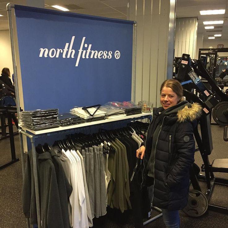 Stand ved Kristiansund Fitness Center i dag! Julestevne i Styrkeløft! #kristiansund #norge #norway #styrkeløft #powerlifting #jul #christmas | Find out more at www.northfitness.no