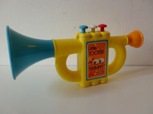 Toy Musical Horns : Vintage tomy little tooter musical toy trumpet s