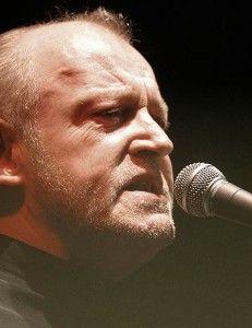 В США в возрасте семидесяти лет скончался легендарный рок-блюзовый вокалист Джо Кокер (Joe Cocker).