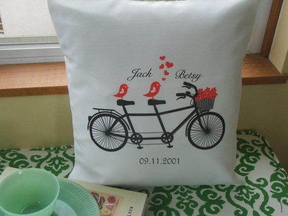 枕カバー、グラフィック投げ枕カバー、鳥とのタンデム自転車、パーソナライズされた結婚式の贈り物