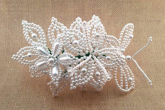 Horquilla - Tembleque Panameños - flor blanca pelo pernos - pernos de pelo de la mariposa - Tapa Moño - Vestido de Panama - Panama traje - folclor de Panamá