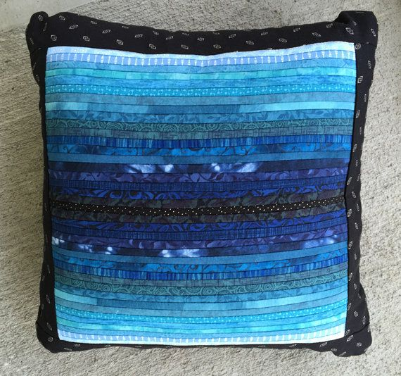 Throw pillow. Dark blue pillow. 16x16 in. Quilted accent