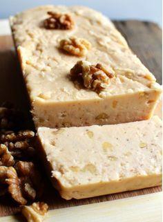 Amateurs d'érable...Voici le fudge érable et noix - Desserts - De délicieux desserts simples à réaliser - Ma Fourchette - Délicieuses recettes de cuisine, astuces culinaires et plus encore!
