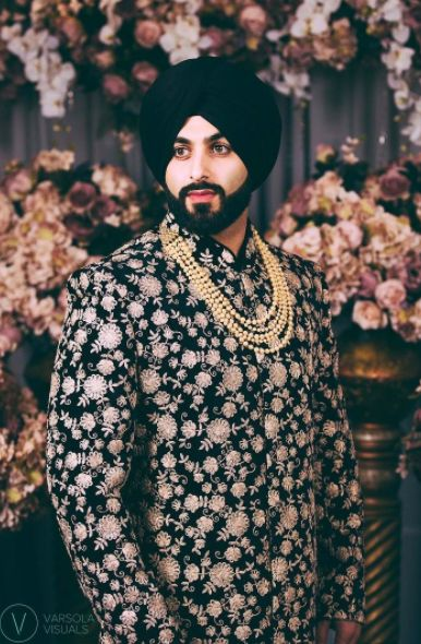 Here's a beautifully captured image at @pinkorchidstudio most recent shoot! ✨Our stylish model Ronny is dressed in a regal sherwani designed by #Wellgroomedinc ✨Our grooms are on the top of our priority list and we like to ensure not only that they are getting a piece that fits their personal style but also is extremely comfortable to wear! All of our pieces can be customized to meet your personal style (fit, colour, fabric etc) Email us at sales@wellgroomed.ca to set up a consultation.