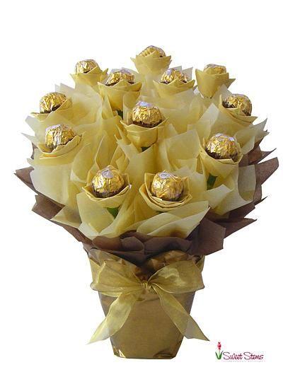 Ferrero Rosas                                                                                                                                                                                 Más