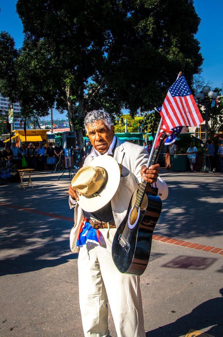 https://flic.kr/p/FodZfp | Paying Tribute | East LA, California