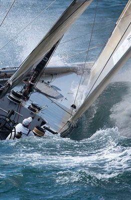 Exhilarating sailing! _________________________ WWW.PACKAIR.COM
