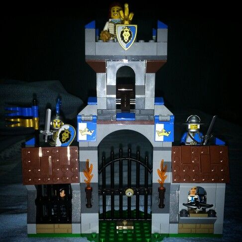 Our life for the Queen and Kingdom  Lego Castle edition