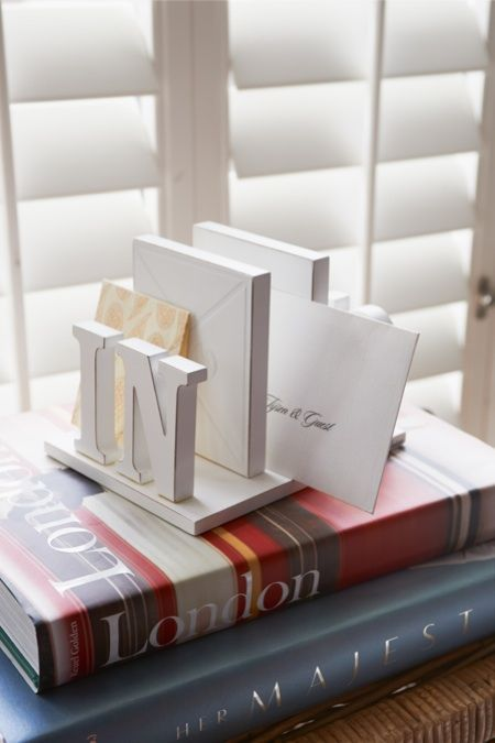 In out mail organiser
