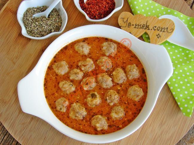 Salçalı Pirinçli Sulu Köfte Resimli Tarifi - Yemek Tarifleri