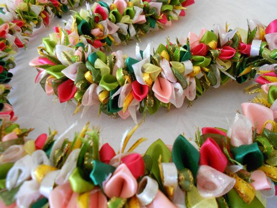 ribbon lei - I love the colours kinda amazing for canopy to diy
