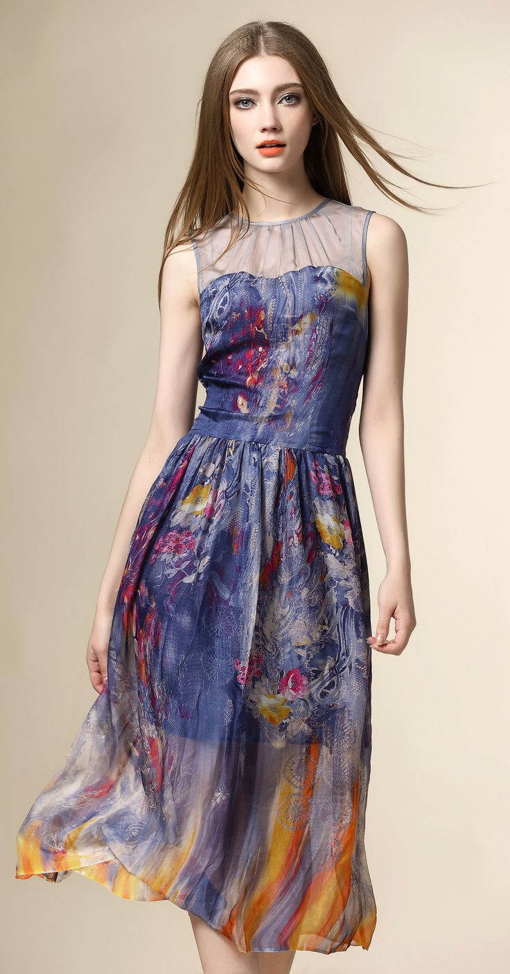 This silk floral dress is totally dreamy! The colors are gorgeous together! This silky number speaks for itself.If navy is one of your go-to colors, this is the prom dress for you!