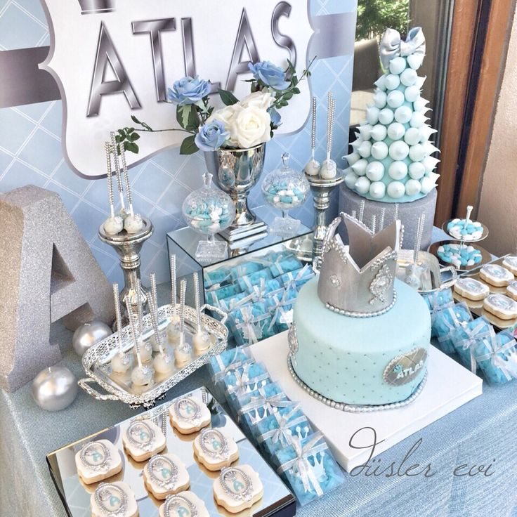Blueandgrey king themed birthday