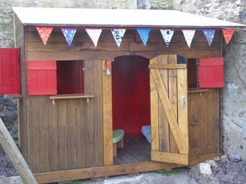 La cabane des enfants jardin enfants cabane bosch les palettes r cup et d tournement - Cabane de jardin plastique ...