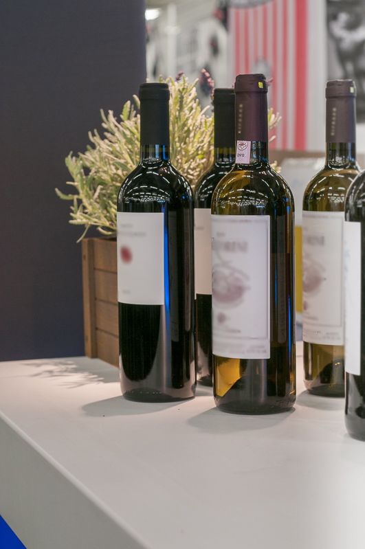 Trade show display for Atlas Feinkost for Forum Vini Munich. design by Bouquet