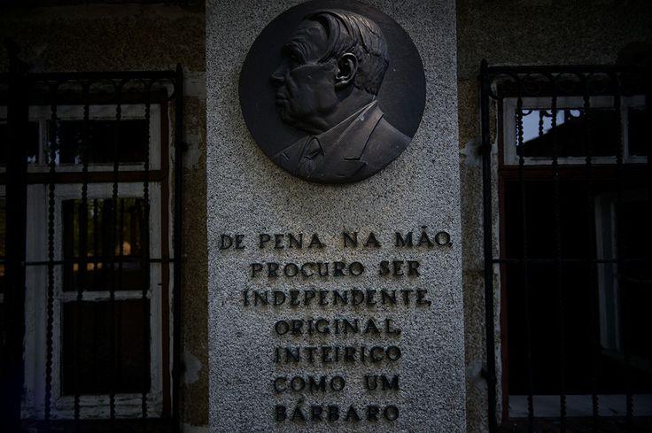 """""""Aquilino Ribeiro: o mundo inteiro na sua aldeia"""" - Público Reportagem de Raquel Pinheiro e Paulo Pimenta 21/07/2013"""