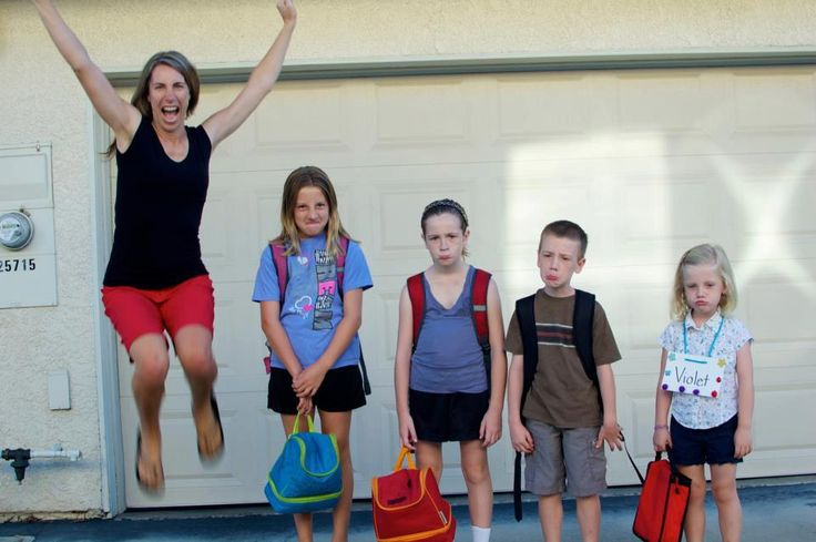 Best 'First Day of School' picture ever! Hahahaha