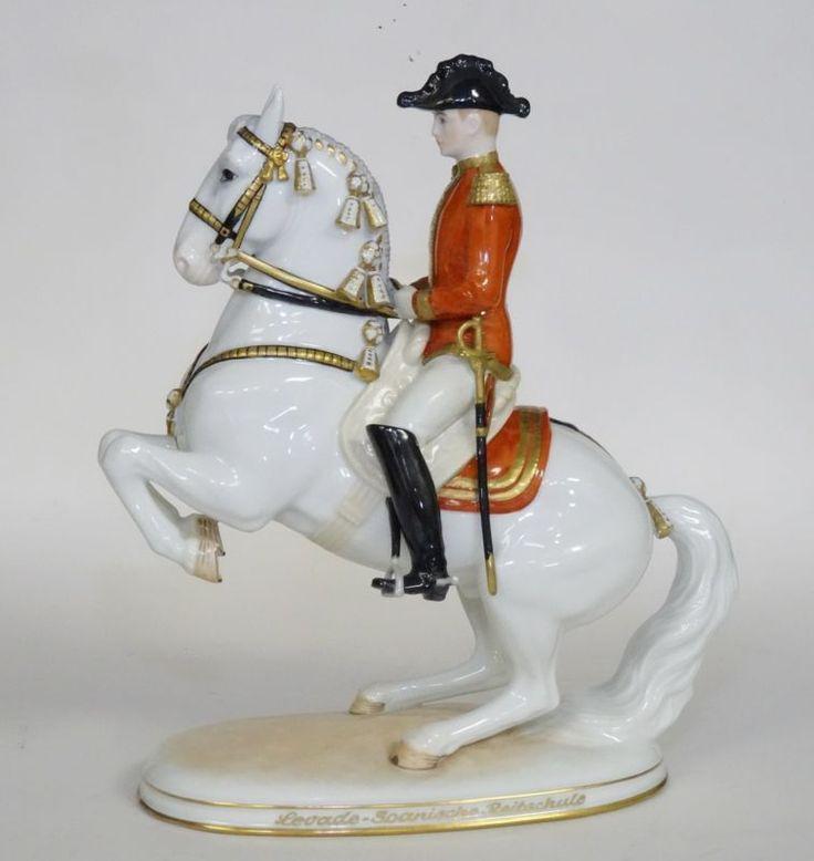 Levade Rider Hofburg Augarten Wien Vienna Spanish Horse Riding School Lipizzaner