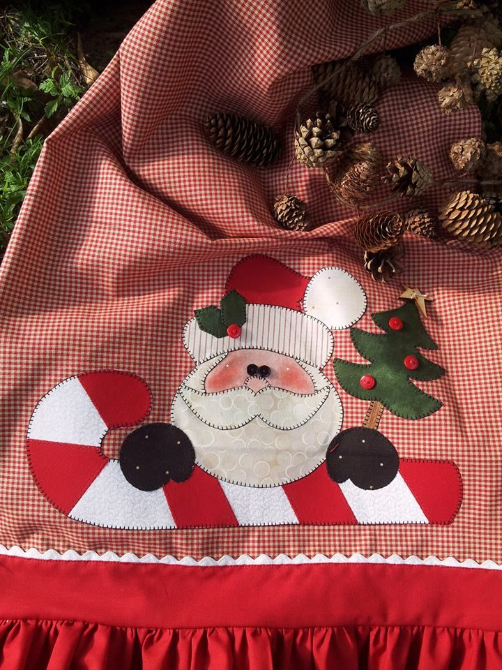 papa noel....red gingham,  red fabric, & white rick rack  plus machine embroidery design  ! ! !