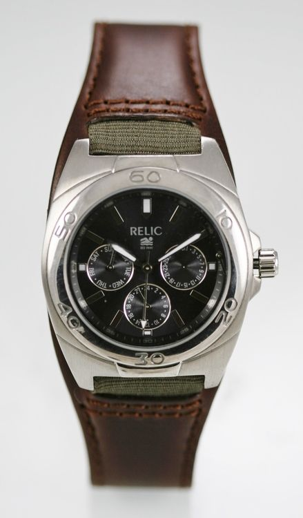 Relic Watch Men Gray Day Date 24hr Stainless Silver Leather Brown 50m Quartz