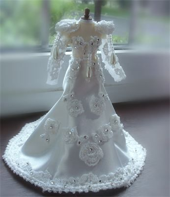 331 best Miniatures-Wedding images on Pinterest | Dollhouse dolls ...