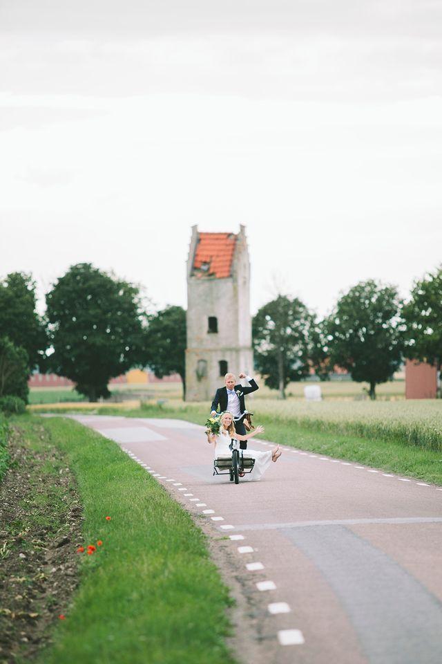 Bröllop i Skanör, Skåne. Strandbröllop. Bröllopsfotograf Beatrice Bolmgren