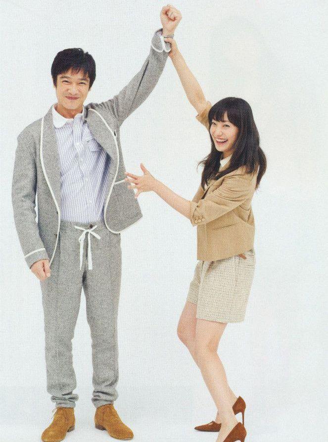 帰宅した夫に必ず…親になった堺雅人・菅野美穂の私生活が「夫婦円満」の秘訣だらけ