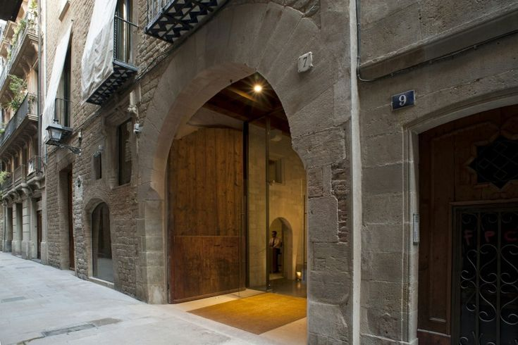 Mercer Hotel Barcelona by Rafael Moneo | HomeDSGN, a daily source for inspiration and fresh ideas on interior design and home decoration.
