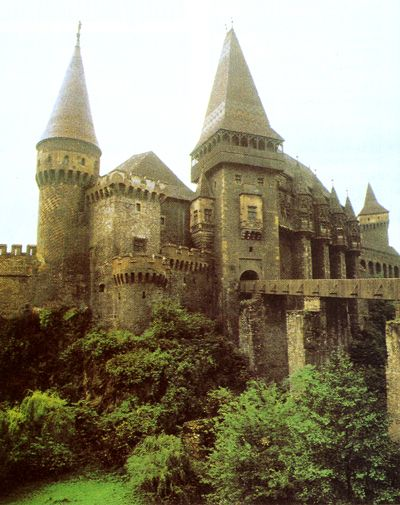 Located in Hunedoara, Romania, the Hunyad Castle was part of Principality of Transylvania, and it's believed to be the place where Vlad III of Wallachia (commonly known as Dracula) was held prisoner for 7 years after he was deposed in 1462. The castle is a relic of the Hunyadi dynasty.... built in the Gothic style with Baroque and Renaissance architectural elements.